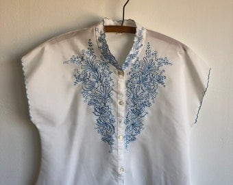 Vintage 1950s Embroidered Woven Blouse