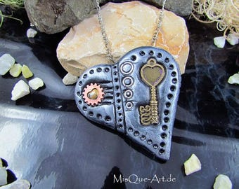 "Trailer steampunk heart ""Heartkey"""
