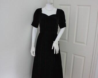 Velvet Laura Ashley dress, 1990's black velvet evening gown, prom dress, prom gown , ball gown , Gothic dress , goth, black wedding dress