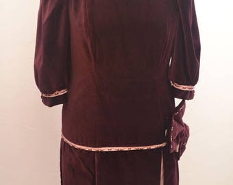 RARE 1920s velvet day dress in burgundy with pink detailing and dropped waist. Theatre dress