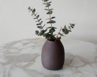 Pottery Bud Vase, Ceramic Bud Vase, Pottery Vase, Ceramic Vase, Minimalist Pottery, Farmhouse Decor, Simple Bud Vase, Cute Ceramic Vase