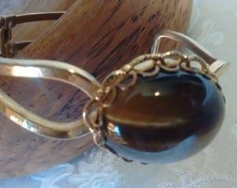 Tiger Eye Stone bracelet:
