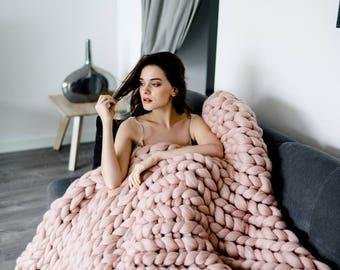 Chunky knit blanket, giant yarn, throw - wrap, arm knit from 100% merino wool, extra warm chunky blanket, throw
