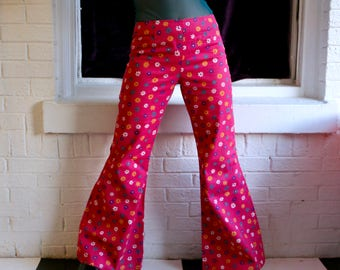 FREE SHIPPING: Vintage 1960s Hot Pink Floral Flower Power Disco Hippie Wide Leg Bell Bottom Pants