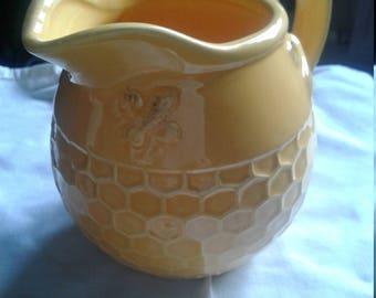 Gisel Graham Small Honeycomb  Bee Jug