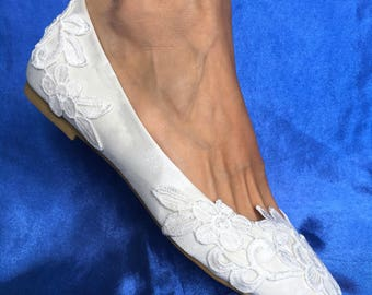 Flats wedding shoes for bride, White wedding flats Ivory wedding flats Lace wedding shoes Wedding ballet flats Satin wedding flats for bride