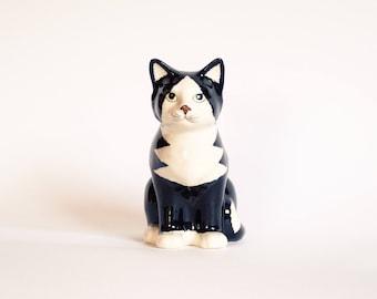 Retro Cat Statue, Kitsch Cat Figurine, French Cat Statue, Ceramic Cat Figurine, Tuxedo Cat Figurine, Black and White Cat Statue, Cat Decor