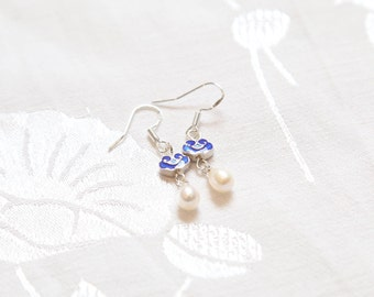 Cloud earring with white pearl elegant jewelry