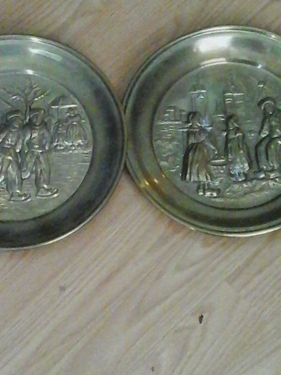 Vintage Brass Wall Plates, Vintage Brass plates Made in England, Brass Wall plates, Dutch Scenery, Set of Two Brass Wall Plates, Anniversary