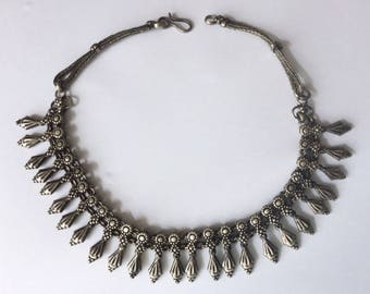 Vintage 1940's Silver Black Gothic Hollywood Glamour Unique Floral Flower Statement Necklace