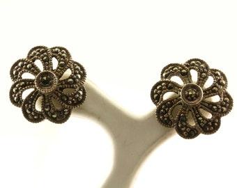 Vintage Flower Design Marcasite Stud Earrings 925 Sterling Silver ER 1106