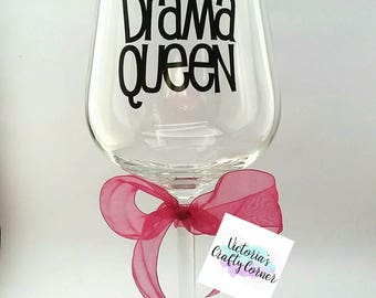 Drama Queen Gift/Drama Llama Gift/Drama Lover Wine Glass/Gift for Luvvies/Best Friend Wine Glass/Diva Wine Glass/Gift for Her
