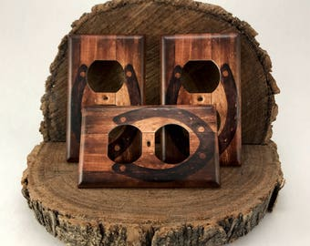 Western Wood with Horse Shoe Country Outlet Cover