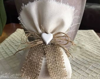 -Scented sachets wedding favors