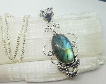 Labradorite Necklace Labradorite Crystal Necklace Labradorite Pendant Statement Jewelry Crystal Jewelry