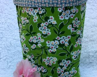 Fabric Bin Basket / Catch All Organizer / Vintage White Flower Print / Kitchen organizer / Laundry Room Organizer / Fabric Basket