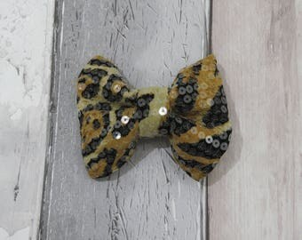 Leopard animal Bling Dog Bow Tie, Dog clothing, Doggy Bow Tie, Puppy Bow Tie, Detachable Bow Tie, Pet Bow Tie, dog accessories