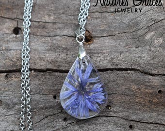 Purple Real Flower Resin Necklace / Wildflower Necklace / Resin Flower Jewelry