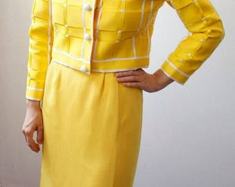 Yellow Ribbon Suit