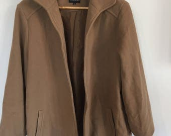 Amazing tan coat. Cashmere and Wool. Fully lined. Size 14, M-L