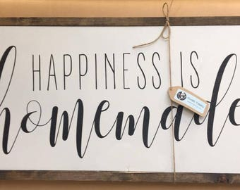 "12"" x 24"" HAPPINESS IS HOMEMADE Framed Wood Sign"
