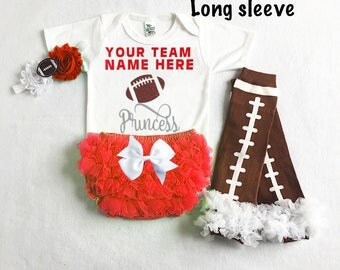 baby girl wisconsin badgers outfit - wisconsin badgers baby girl outfit - badgers baby girl gift - football leg warmers - badgers football