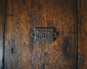 Cast Iron  'Made in Britain'  Plaque Great Rustic Sign 40mm
