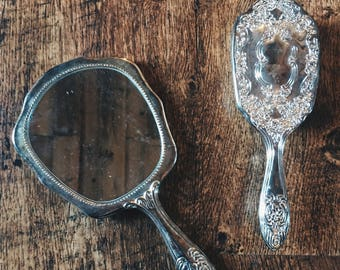 Mirror and Brush Set