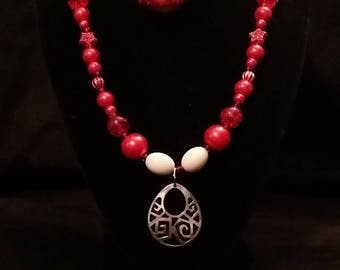 Red Beaded Necklace with Medallion Set