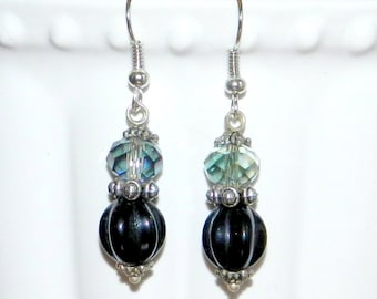 Earrings retro style black and transparent iridescent