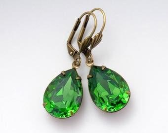 Green Earrings, Green Crystal Earrings, Swarovski Earrings, Rhinestone Earrings, Green Dangle Earrings, Crystal Drop, Swarovski Crystal Deja