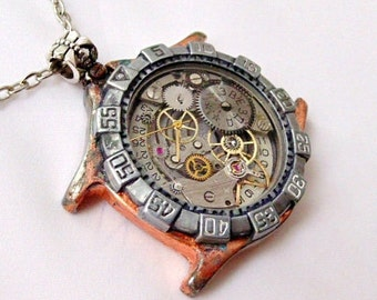 Steampunk Pendant. Steampunk Jewelry. Watch Pendant. Clock Jewelry. Clock accessories. Gears pendant. Gears Jewelry. Gears. Steampunk gift.