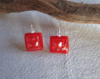 Earrings red glass chili opaque and Pearlescent effect