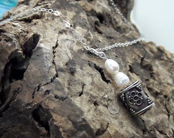 Pearls Sterling Silver Necklace with Vintage Bali Bead/Dramatic Pearl Sterling Silver Necklace/Gift for her/Present for Woman/Bridal Jewelry