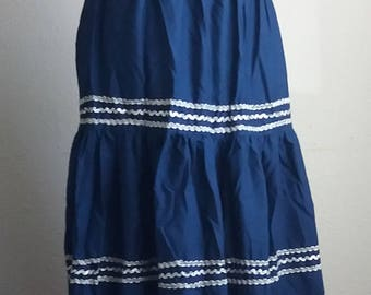 Vintage unbranded unsized Blue SQUAW Skirt Silver trim Accordion Pleat