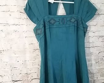 Vintage Carole Little Size 14 Dress Cap Sleeve Made in USA Embroidered Top Rayon