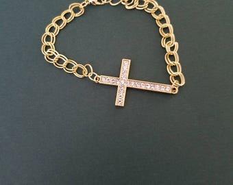 Cross bracelet, gold filled chain bracelet, chain link bracelet, metal bracelet, gift for her, religious jewelry, woman's jewelry, gift