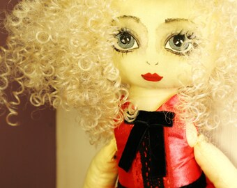 "Textile doll ""Ruzanna"""