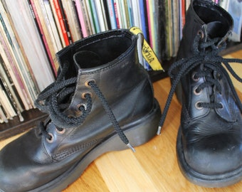 Chunky Black Airwair 90s Doc Marten Lace-up Combat Boots