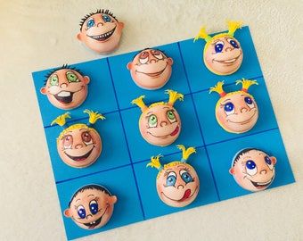 The game tic-tac-toe (boys-girls) for children