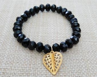 off-price Bracelet black stones and gold heart