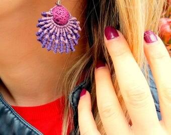 Handmade lion's paw seashell macrame earrings with lava bead