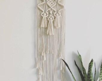 Love me Knot Macrame Wall Hanging