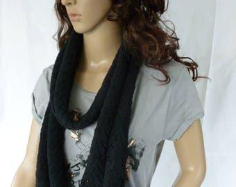 Beautiful scarf in Ajouroptik
