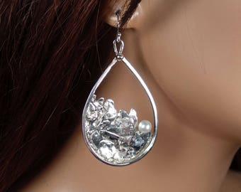 Sterling silver dangle teardrop shape earrings with freshwater pearls