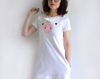 Unicorn dress with plush unicorn horn