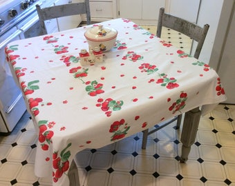 Vintage Wilendur Tablecloth Red Ripe Strawberries Yummy