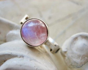 RESERVED for CB - Vintage modernist ring with rose quartz cabochon with blue flare, 1960s  - please do not buy unless you're CB