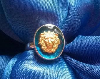 Stunning Lion signet ring blue enamel sterling silver gold Lion size M 6 1/2