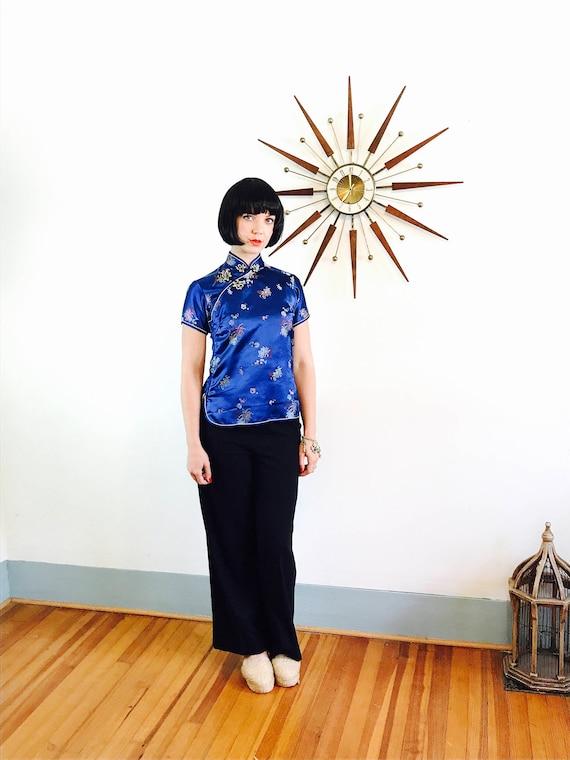 Blue Silk Cheongsam, 60s Cheongsam blouse, Chinese Satin Blouse, Royal Blue Blouse, Embossed Floral Asian blouse, Chrysanthemum Bauhinia, 34